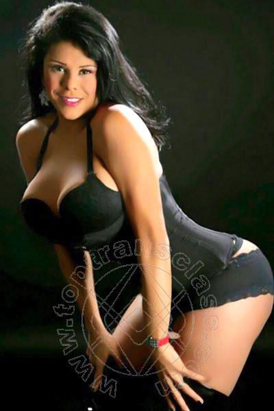 Kelly Hot  SALERNO 3533648212